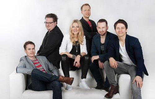 Party Inside mit Sängerin Marjana aus Karlsruhe - Hochzeitssängerin