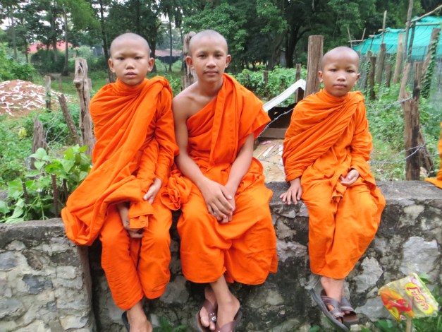 Young monks came for the bat show, too