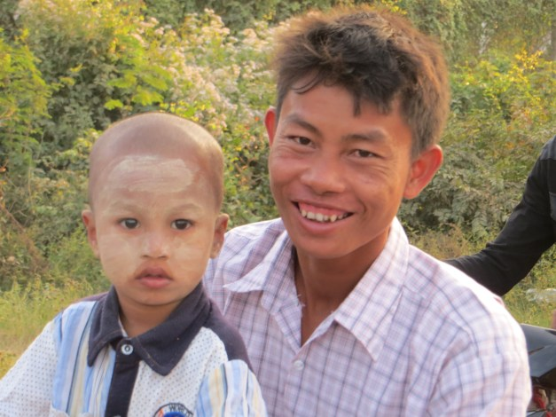 Some of the friendly Shan people we've seen along the way