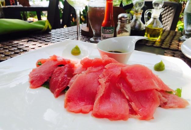 The extremely fresh tuna sashimi at La Casita de Marisco