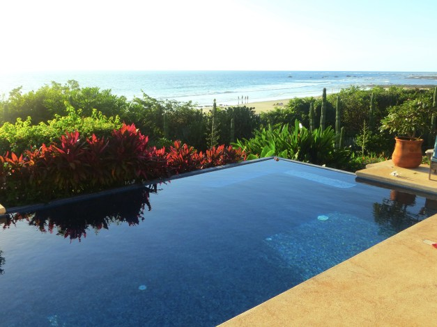 Chris's pool overlooking Playa Negra. Not a bad place to hang out.