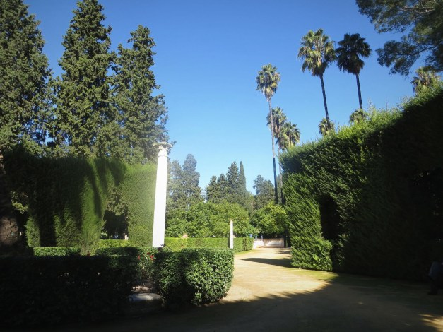 Another fabulous park was adjacent to the Alcázar, Seville's old castle/fort. I was sad to only have 30 minutes or so here before it was time to go to lunch, but the tapas and wine made up for it.