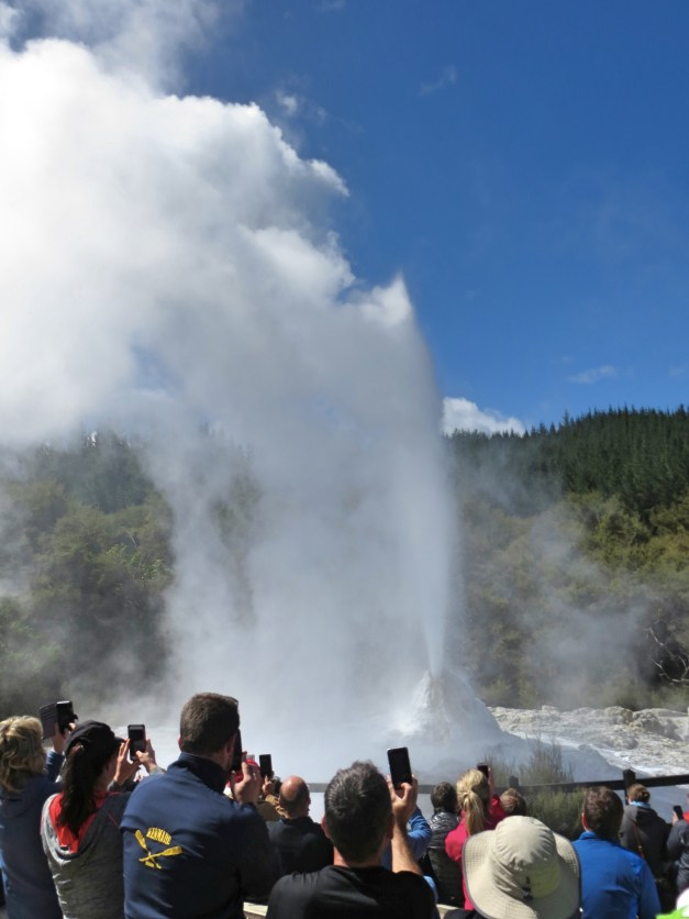 The geyser at Wai-O-Tapu. Looks pretty impressive, huh?