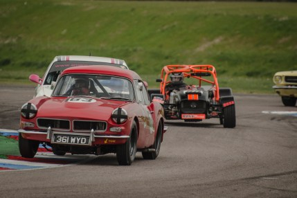Drabble Sabre Leads the Pack Through Thruxton Chicane