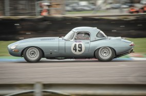 Jaguar etype at Thruxton