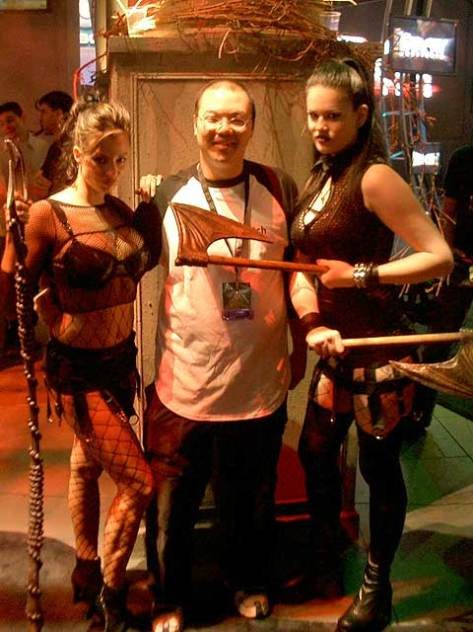 I'm posing with some scary women since a stranger offered to take my photo with them (I took one for him, too).