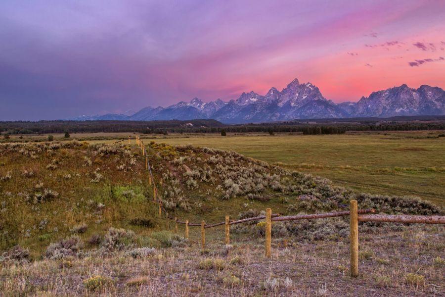 jackson hole, grand tetons, sunrise, triangle x ranch