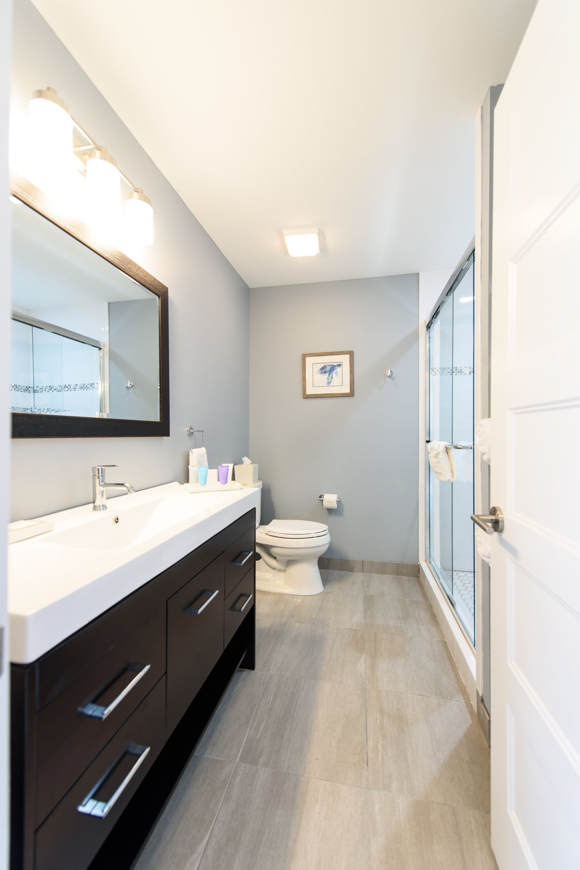 Bathroom with full amenities