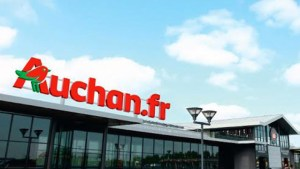 Désormais les hypermarchés disposeront d'une enseigne Auchan.fr en référence à l'orientation cross canal du distributeur