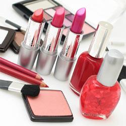 La industria cosmética confía en internet como soporte publicitario