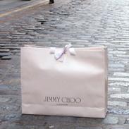 Jimmy Choo utiliza Foursquare para una campaña promocional