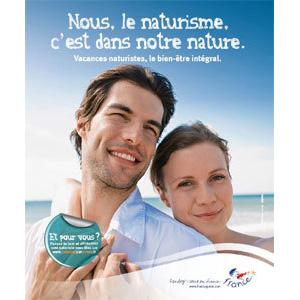 El Gobierno francés lanza una campaña para salvar el nudismo