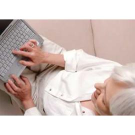 Mujeres y mayores de 55, los colectivos que más crecen en el uso del comercio electrónico