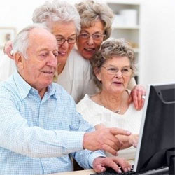 La publicidad en buscadores no conecta con los internautas de más edad