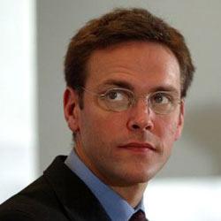 James Murdoch cree que las aplicaciones perjudican la venta de periódicos