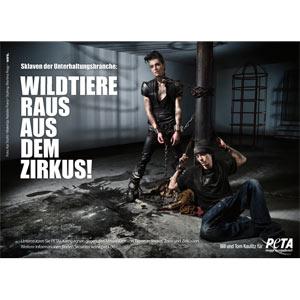 Los gemelos Kaulitz, de Tokio Hotel, se encadenan en defensa de los animales en una campaña para Peta