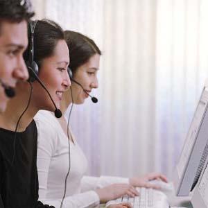 Atención telefónica para contactar con los clientes y generar beneficios