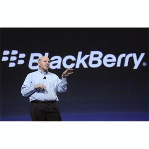 ¿Es Steve Ballmer el salvador de BlackBerry?