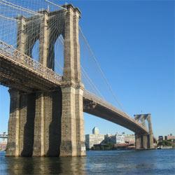 """La ciudad de Nueva York tiende """"puentes"""" a los anunciantes"""