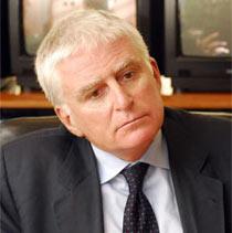 P.Vasile (Mediaset) anuncia una mejora de 9 puntos en target comercial sobre Antena 3