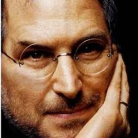 "Mona Simpson rinde homenaje a Steve Jobs : ""estaba dispuesto a ser incomprendido"""