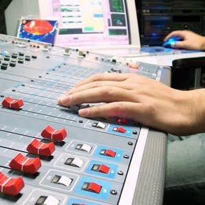 En junio bajó la audiencia online de todas las radios, tanto generalistas como temáticas, según Ymedia