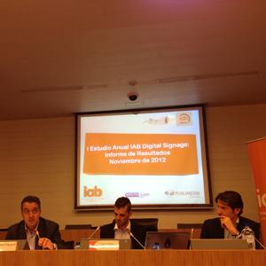 El 82% de los españoles considera que el digital signage mejora la imagen de una marca, según #IABEstudioDS