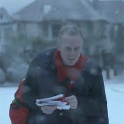 McDonald's lanza una campaña en televisión para promocionar su menú navideño