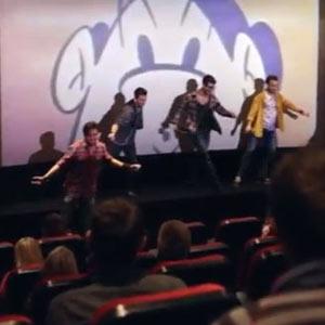 Sony monta un flashmob silencioso en el cine