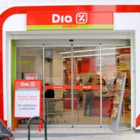 """Dia y Mercadona unen fuerzas para crear """"el gran lobby"""" de los supermercados"""