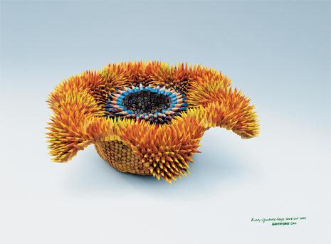 """17 anuncios en los que el director de arte se """"come"""" al copy"""