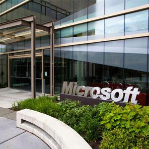"""Microsoft se lleva un """"rapapolvo"""" de 561 millones de euros por parte de la UE por no permitir a los usuarios elegir navegador"""