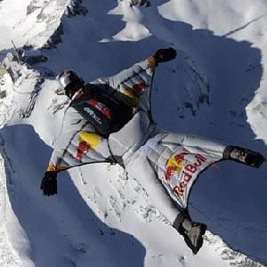 Cuando la búsqueda de espectacularidad de Red Bull acaba en tragedia