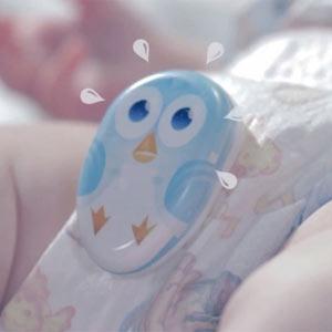 Huggies lanza un dispositivo que alerta a los papás del pipí de sus hijos vía Twitter
