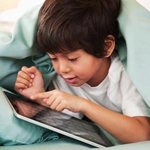 En tecnología, niños y padres son de mundos distintos, pero consumen medios igual