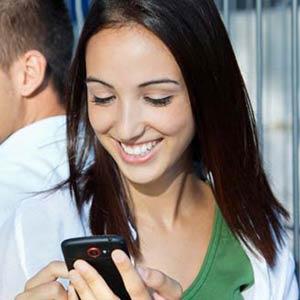 El 80% de los jóvenes con smartphone utiliza servicios de localización
