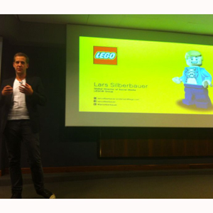 L.Silberbauer (Lego) en #socialmediaMKTday: