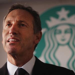 Howard Schulz, CEO de Starbucks, podría sumarse a la carrera presidencial en Estados Unidos