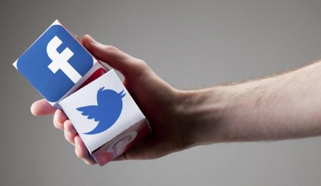 El vídeo en directo: la encarnizada lucha a vida o muerte entre Twitter y Facebook