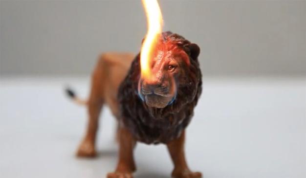 Esta agencia quiere prender fuego a los leones de Cannes Lions por una buena (y generosa) causa