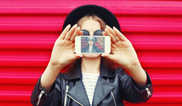 ¿Se hacen realmente de oro los influencers en Instagram? Ellos más que ellas