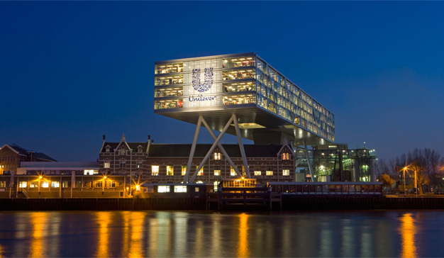 Unilever saca la tijera y recorta su presupuesto publicitario en un 30%