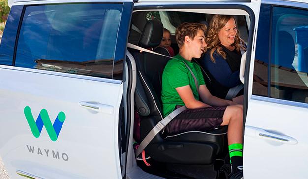 Los taxis sin conductor de Google realizan sus primeras pruebas en EE.UU.