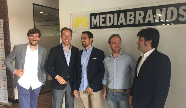 IPG Mediabrands y Apache Media Group sellan una alianza estratégica
