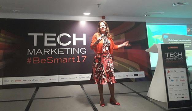 Fíjese menos en el marketing y enfóquese en el cliente (apoyado en la tecnología)