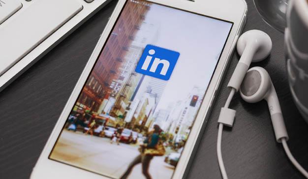 LinkedIn permitirá crear contenido en forma de vídeo desde su app móvil