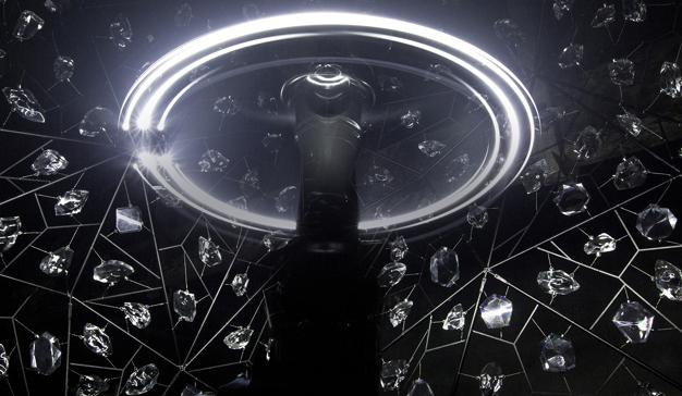 DDB° Paris crea una espectacular escultura de luz para Hennessy