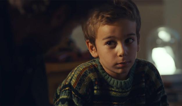 El teléfono de Papá Noel se hace peligrosamente viral en este delicioso spot portugués