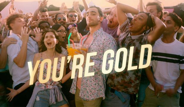 Así suda la nueva (y dorada) generación en esta hilarante campaña de Axe