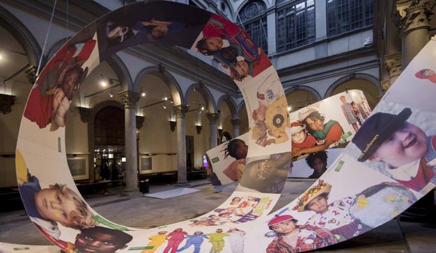 Oliviero Toscani y los niños de Benetton tendrán su exposición en Florencia
